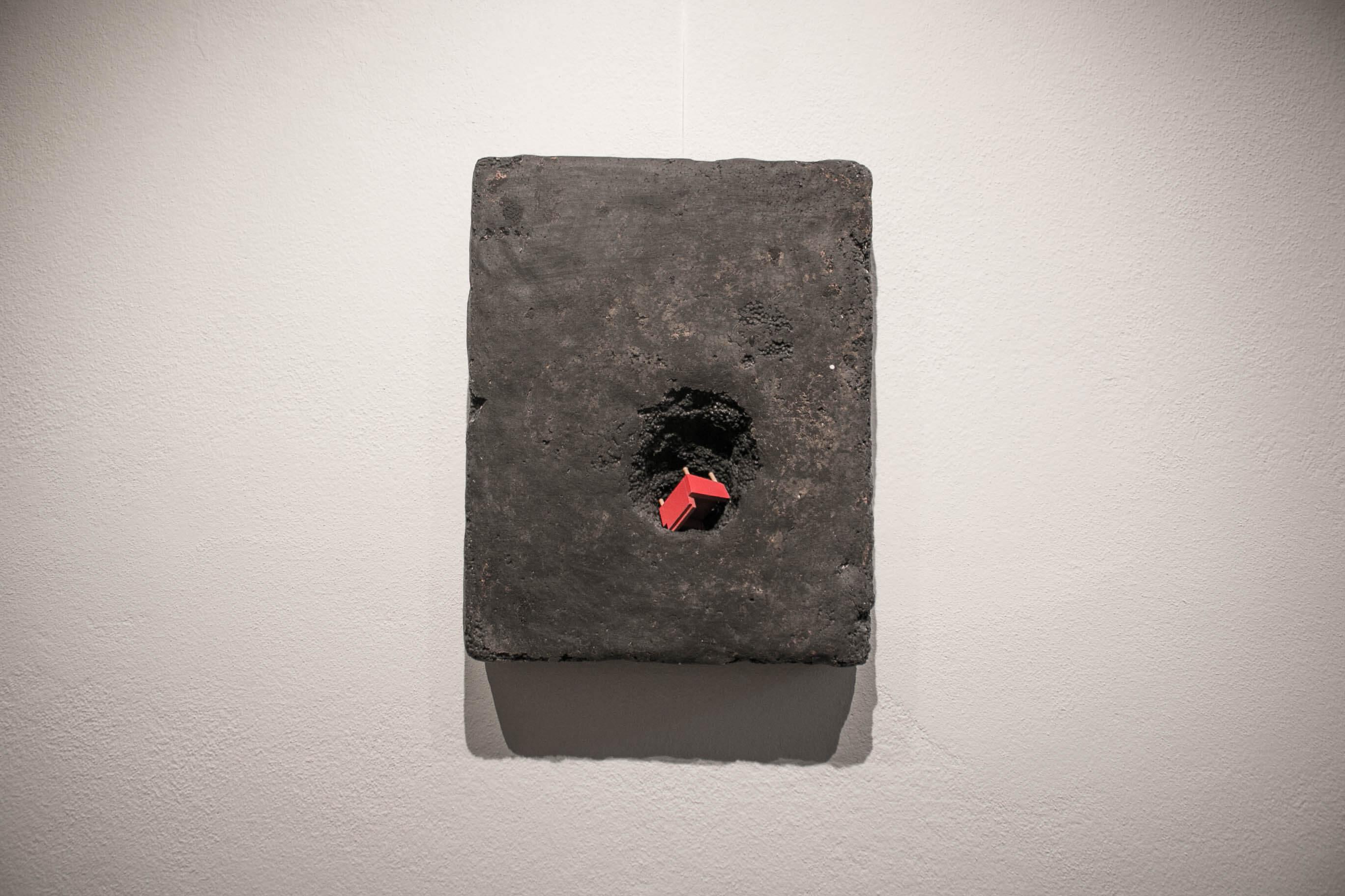dirt_red_Meenan_art_relief_sculpture_IMG_2476.jpg